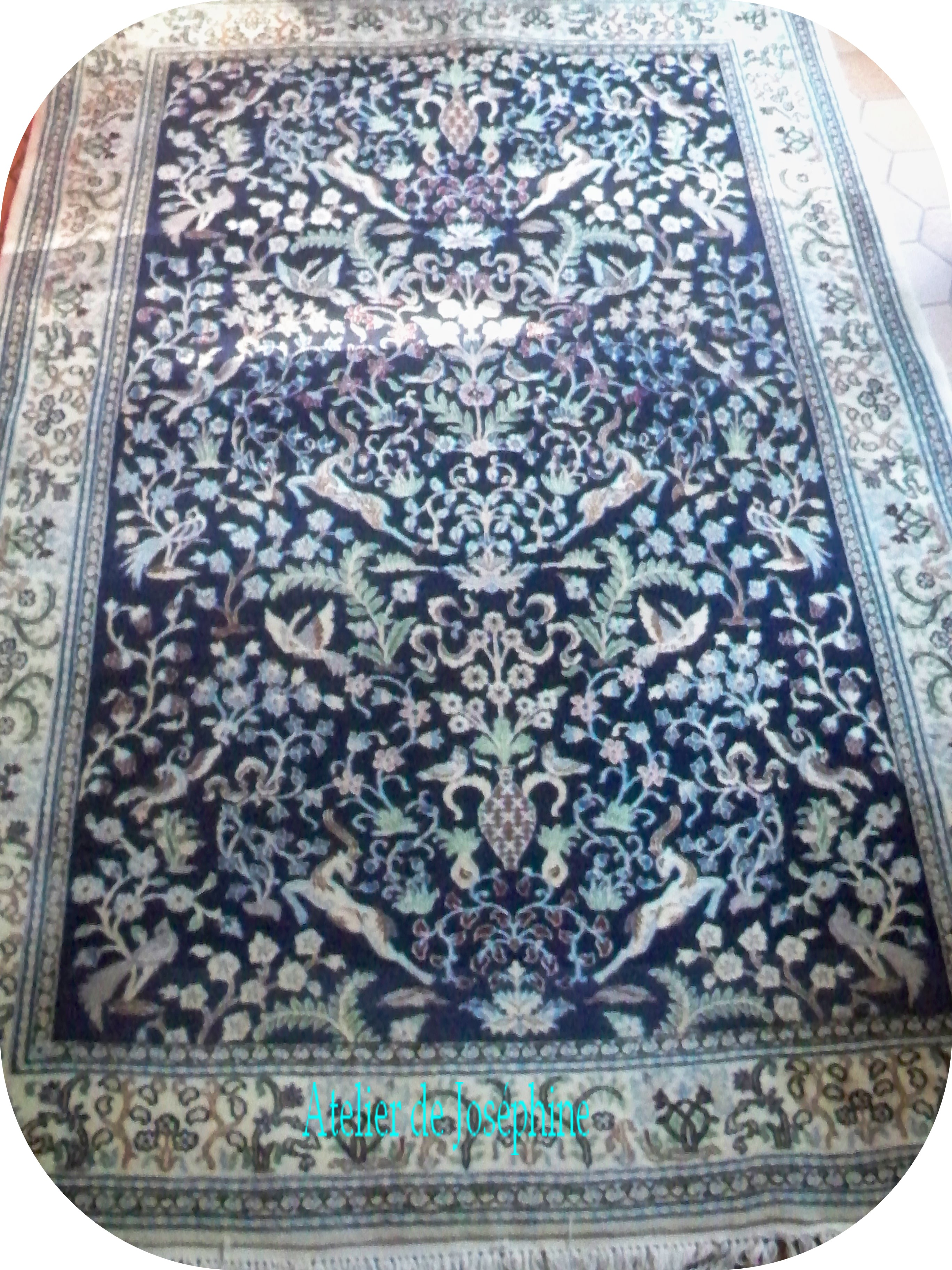 peinture tapis d orient bleu motif d iran le blog atelier de jos phine. Black Bedroom Furniture Sets. Home Design Ideas